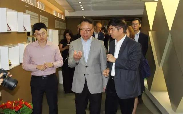 孙瑞哲:深圳会见王石进行深度探讨7.jpg