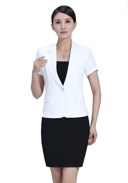 白色套装1