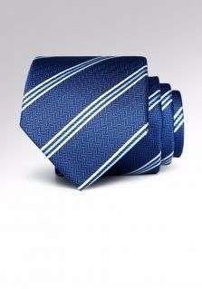 定制领带的保养方法跟步骤你知道多少?