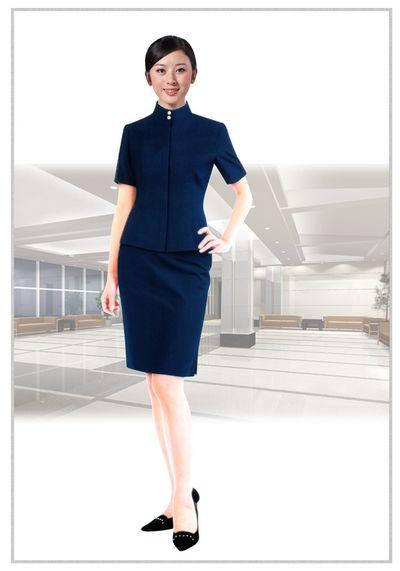 职业装女装的日常穿搭和注意事项